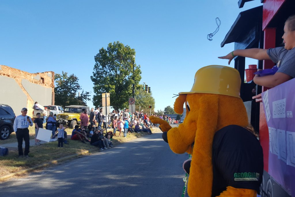 deer-festival-and-parade-with-city-of-monticello-gas-2016-14